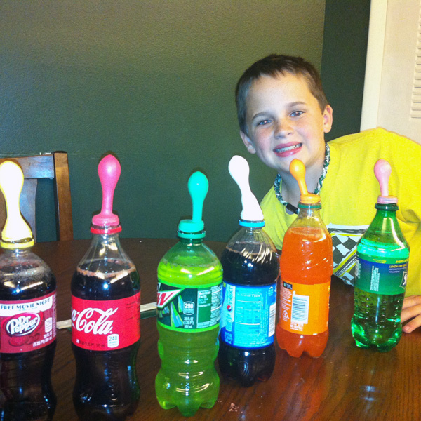 Science Fair Projects with Pop http://dangercook.com/2013/05/12/pop-rocks-and-soda-science-fair-project/
