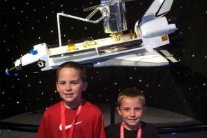 KSC-shuttle-model